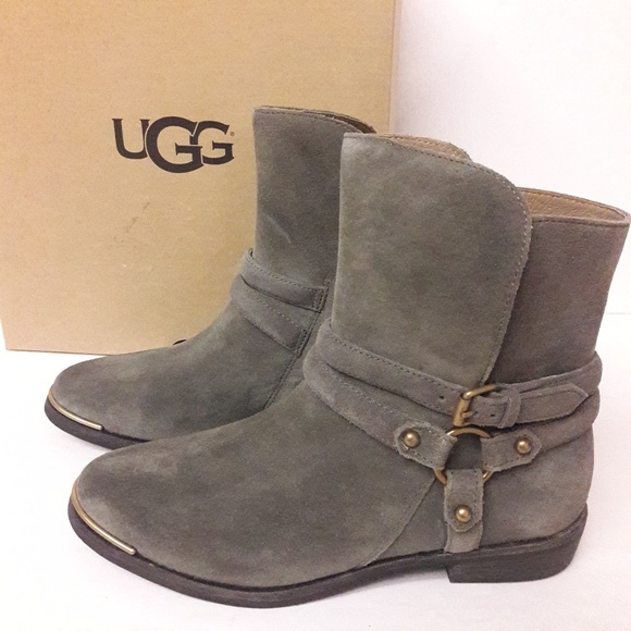 f353b1749b3 New UGG Kelby Boots Size 6.5 NWT
